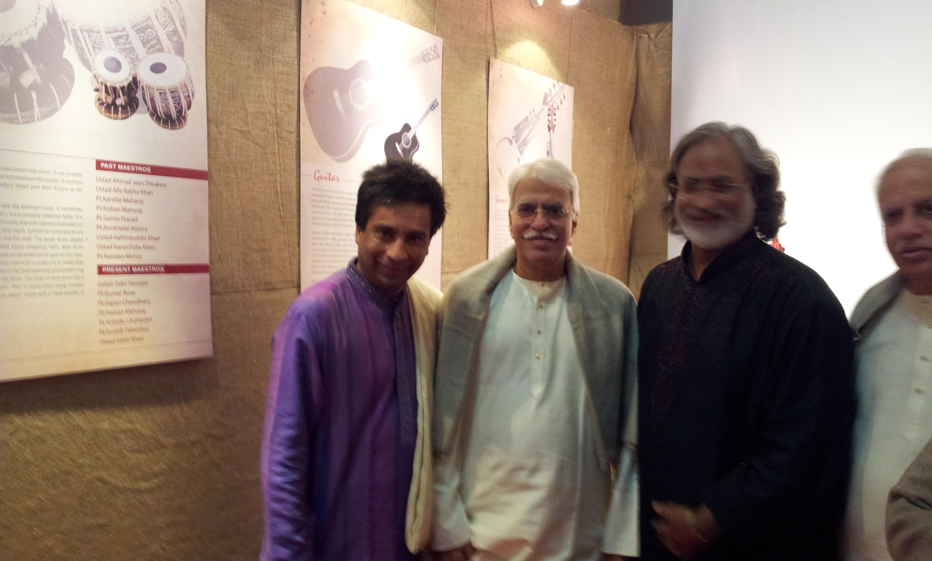 Saptak 2012 with Ragjan Sajan Mishra and Vishwa Mohan Bhatt